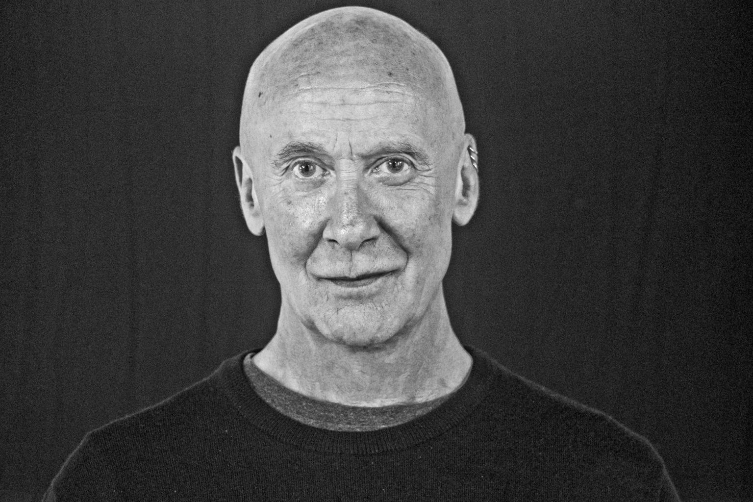 El director, dramaturg, actor i professor Tom Bentley-Fisher